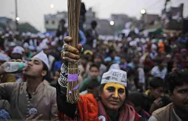 Delhi Elections 2015, Kiran Bedi, AAP, Arvind Kejriwal, BJP vs AAP, Politics, Rahul Gandhi, Congress, Ajay Makan