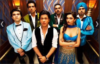 Happy New Year : फिल्म निर्देशक और कोरियोग्राफर फराह खान ने अभिनेता शाहरुख खान के साथ मिलकर फिल्म हैप्पी न्यू ईयर बनाई। इस फिल्म ने भी दर्शकों की खूब वाहवाही बटोरी। इस फिल्म में शाहरुख के साथ दीपिका पादुकोण, अमिताभ बच्चन, सोनु सूद और बोमन ईरानी मुख्य भूमिका में थे। शुरुआती वीकेंड में इस फिल्म ने 108.86 करोड़ की कमाई की।