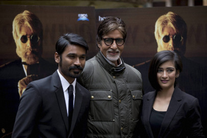 Shamitabh Promotion: फिल्म के निदेशक आर बाल्की हैं। इसमें अमिताभ के अलावा धनुष और अक्षरा हासन भी हैं। (स्रोत-एपी/पीटीआई)