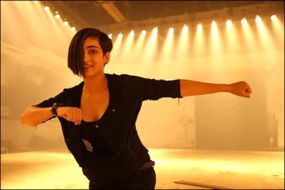 Akshara Haasan: अक्षरा हासन उस समय काफी छोटी थीं जब उनके माता-पिता अभिनेता कमल हासन और सारिका एक दूसरे से अलग हो गए थे लेकिन अभिनेत्री कहती हैं कि इस घटना ने उन्हें तोड़ने के बजाय मजबूत बनाया। (फ़ोटो-बॉलीवुड हंगामा)