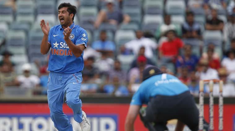 India vs England, Tri Series, India, England, 6th Match, Australia Tri-Series, Perth, Cricket, Sports News