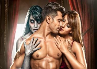 बिपाशा बसु अपनी अपकमिंग फिल्म 'अलोन' को लेकर बेहद उत्साहित हैं। फिल्म 'अलोन' 19 जनवरी को बड़े पर्दे पर रिलीज़ होगी।