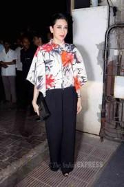 इंरनेशनल स्कूल फेलोशिप ब्राइट स्टार्ट को स्पोर्ट करने पहुंचीं फ़िल्म अभिनेत्री करिश्मा कपूर। (स्रोत-वरिंदर चावला)