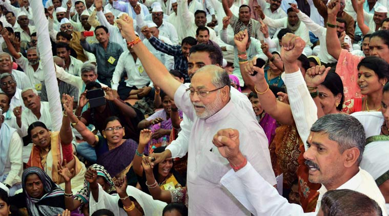 Prime Minister Narendra Modi, Prahlad Modi, BJP, ration shop owners problems, vice president of the Federation of All India Fair Price dealers Prahlad Modi, Brother of Narendra Modi warns BJP, Prahlad Modi warns BJP