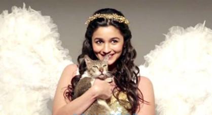 बॉलीवुड की 'हाइवे गर्ल' आलिया भट्ट को भी बचपन में हो गया था प्यार। (फोटो: बॉलीवुड हंगामा)