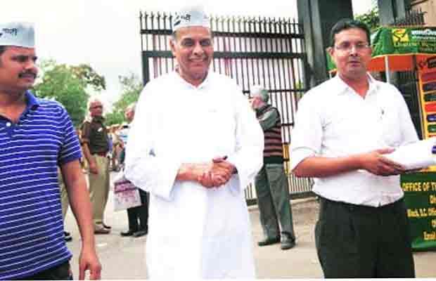 AAP, Aam Aadmi Party, Prof Anand Kumar, AAP Internal Democracy, Anand Kumar vs AAP, Delhi News