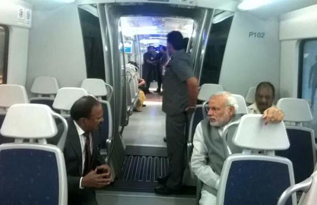 Narendra Modi, Delhi Metro, Dhaula Kuan To Dwarka, Metro Airport Line, Modi Delhi Metro, Modi Tweet, Modi Travel in Metro, DMRC, Delhi News