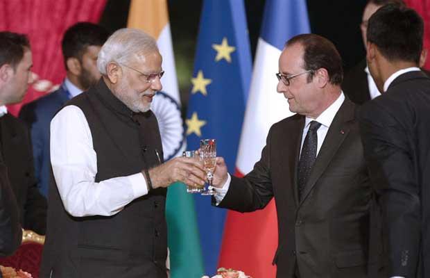Modi in France, India-France relations, Francois Hollande, Narendra Modi, Modi news, Indian Railways, Narendra Modi in France