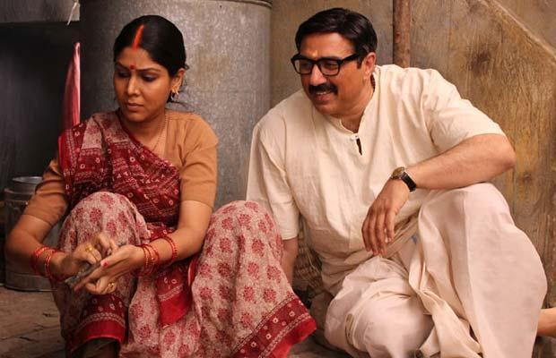 Sunny Deol, Mohalla Assi, Sakshi Tanwar, Prasoon Joshi, CBFC, CBFC Head, Sunny Deol Movie