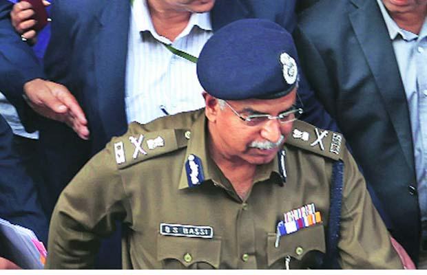 Delhi High Court, Delhi Police, BS Bassi, garbage, NDMC, Delhi