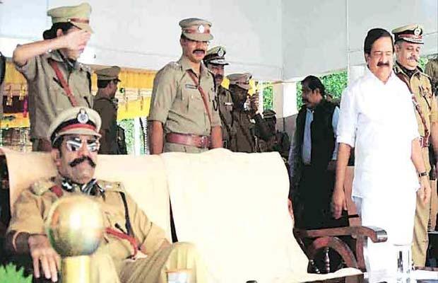 Kerala government, IPS Rishi Raj Singh, Ramesh Chennithala, Kerala, IPS Officer, home minister, Showcause notice IPS, Kerala news