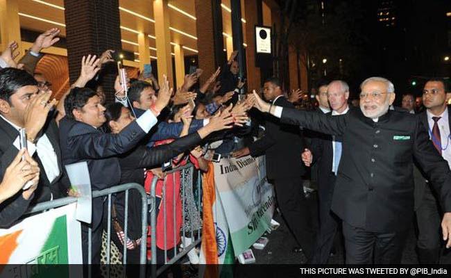 Narendra Modi, Narendra Modi in US, New York, United States, United Nations General Assembly, Silicon Valley, Barack Obama, Nawaz Sharif facebook, google, apple, नरेंद्र मोदी, अमेरिका में नरेंद्र मोदी, मोदी अमेरिका दौरा, अमेरिका, भारत, सिलिकॉन वैली, संयुक्त राष्ट्र सम्मेलन, बराक ओबामा, अमेरिका के राष्ट्रपति, नवाज शरीफ, फेसबुक, गूगल, एप्पल, भारत अमेरिका संबंध