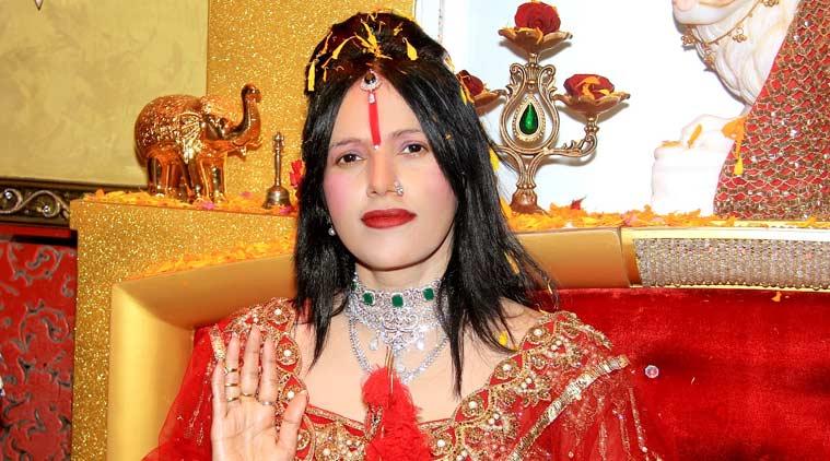 Radhe maa, sex racket, mumbai highcourt, falguni brahambhatt, राधे मां, दे व्यापार, फाल्गुनी ब्रह्मभट्ट