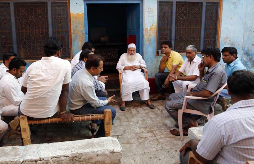 Dadri Murder, Beef, Bishada village, Mahesh Sharma, Dadri lynching, Danish, Akhlaq, दादरी हत्याकांड, बिसहड़ा गांव, महेश शर्मा, अखलाक, दानिश, गोमांस