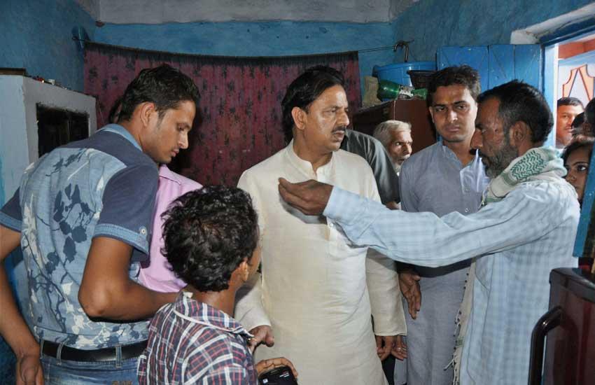 Dadri, Dadri Murder Case, Home Guard, constable, police, दादरी कांड, गोवध, बिसहड़ा गांव