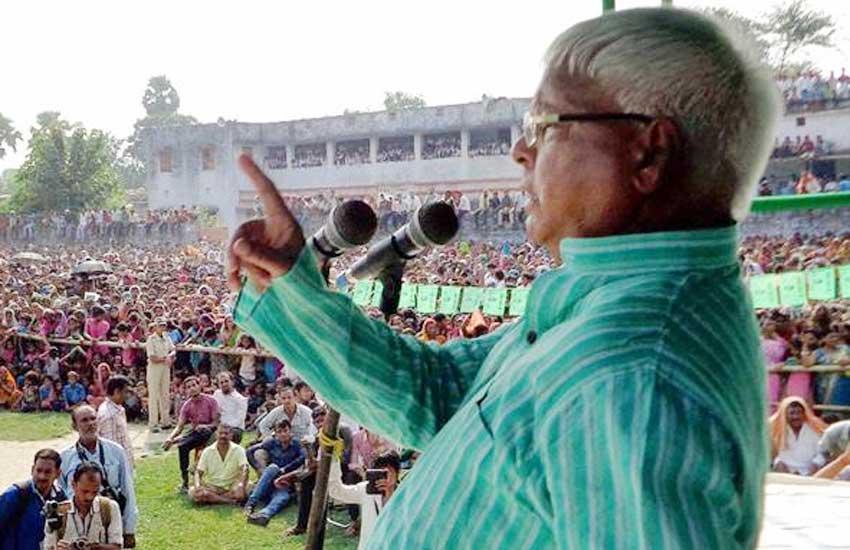 Bihar polls 2015, Lalu Prasad Yadav, Election Commission, Castiest remarks, लालू प्रसाद यादव, चुनाव आयोग, जातिगत टिप्पणी, बिहार चुनाव 2015