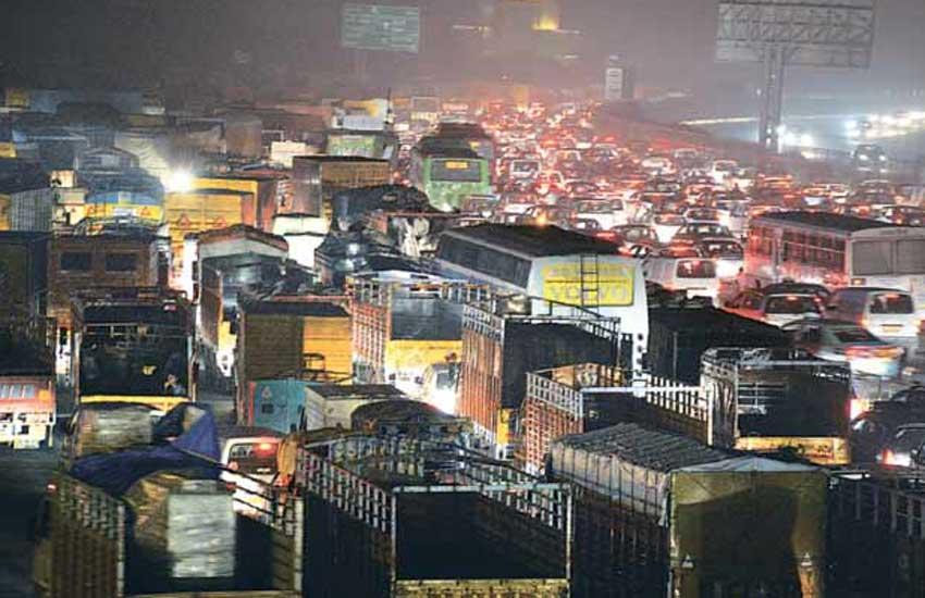 delhi pollution, diwali, diwali pollution, air pollution, air quality, delhi air quality, safar, delhi diwali pollution, delhi news, दिल्ली प्रदूषण, दिवाली, सफर