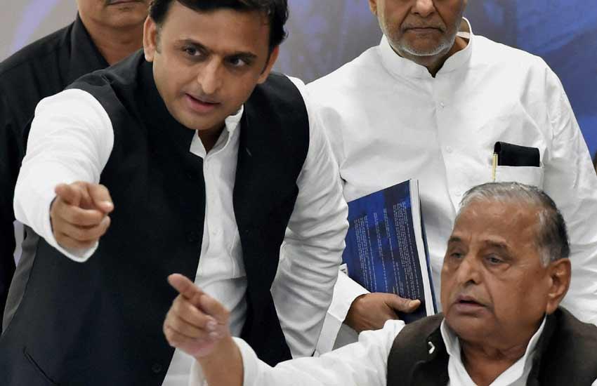 tavleen singh column, Politics in legacy, UP Assembly polls 2017, Mulayam Singh news, Akhilesh yadav News