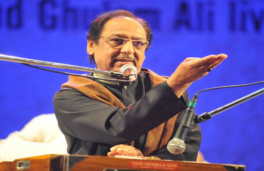 Hindu Sena, Hindu Sena Ghulam Ali, Ghulam Ali Ghazal, Ghar Wapsi, Ghulam Ali Event, Delhi