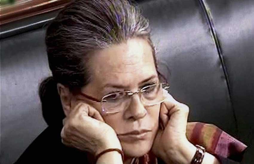 Sonia gandhi, Narendra Modi, kashmir Violence, society polarization, Sonia gandhi News, Sonia gandhi latest News