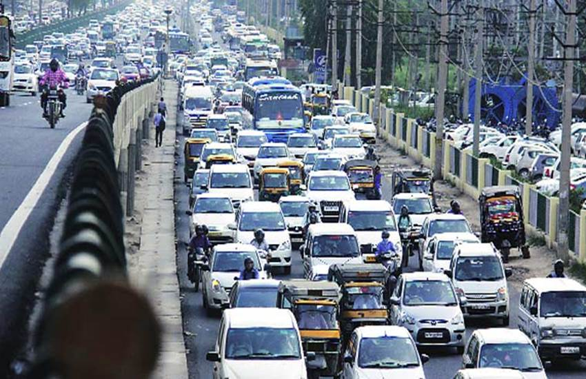 NGT, cracks whip, Delhi government, National Green Tribunal, Diesel Vehicles, pollution in delhi, arvind kejriwal, odd and even, एनजीटी, दिल्ली सरकार, डीजल गाड़ियां, रजिस्ट्रेशन, केजरीवाल सरकार, दिल्ली सरकार