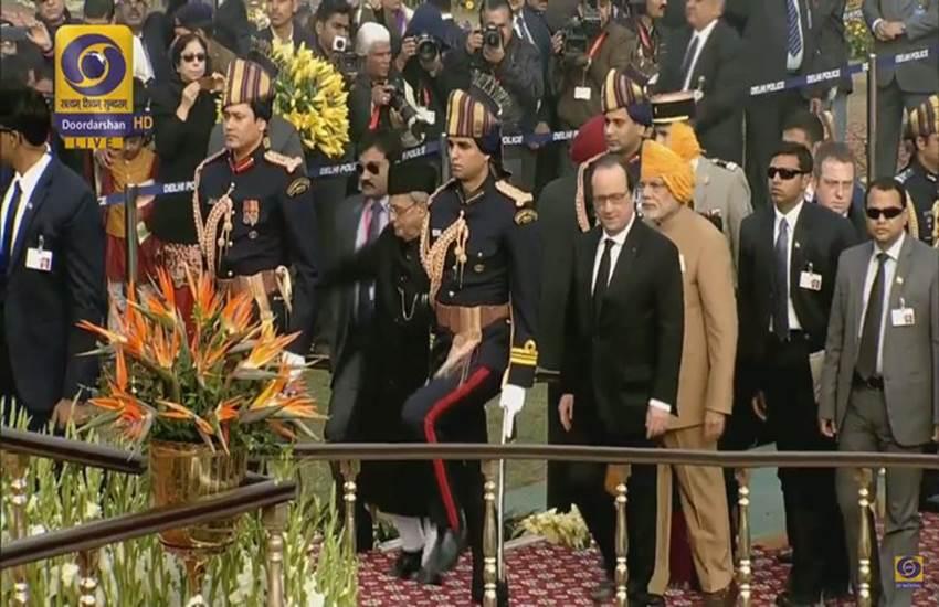 republic day 2016, republic day 2016 speech, republic day 2016 chief guest, republic day 2016 india, 2016 republic day, Francois Hollande, PM Modi, गणतंत्र दिवस समारोह, नरेंद्र मोदी, पीएम मोदी, रिपब्लिक डे परेड, राजपथ