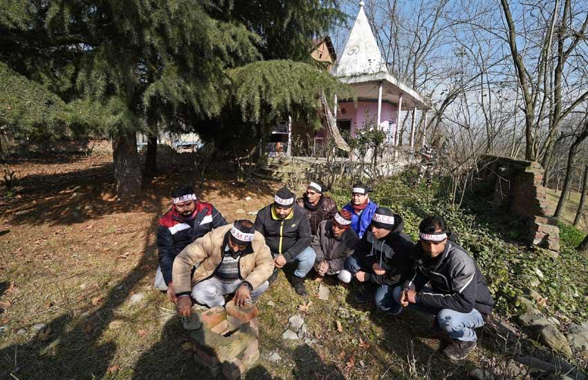 Kashmiri pandits Maha Shivaratri, Maha Shivaratri kashmir, Shivaratri in kashmir, Maha Shivaratri Dhoom, Maha Shivaratri in India, Kashmiri pandits Shivratri, Kashmiri Muslims Maha Shivaratri