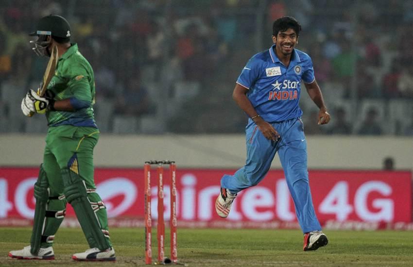 Asia Cup, Aaqib Javed, Jasprit Bumrah, Jasprit Bumrah action, Cricket