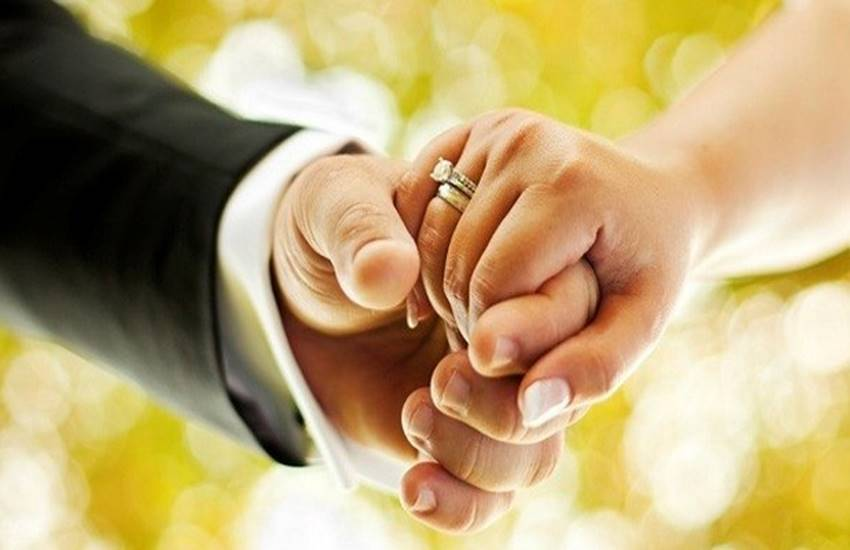 Social Media, Facebook, Facebook Marriage, Society, Love Marriage