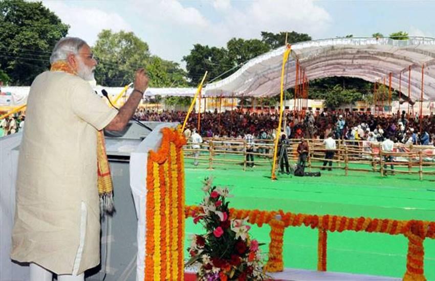 "Narendra Modi"",""Varanasi Lok Sabha constituency"",""Ravidas temple"",""Banaras Hindu University"",""BHU centennial year convocation"