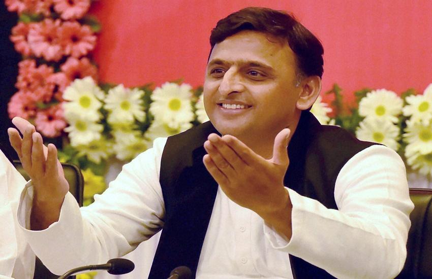 Smartphones, Free Smartphone, Akhilesh Yadav, Uttar Pradesh Govt, Samajwadi Party, UP Elections 2017, UP Polls 2017, UP Assembly Polls, India News, Jansatta