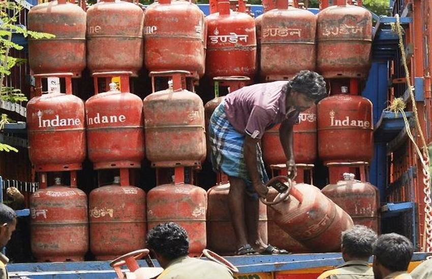 LPG subsidy bill , Oil Minister, Dharmendra Pradhan ,economy, business and finance