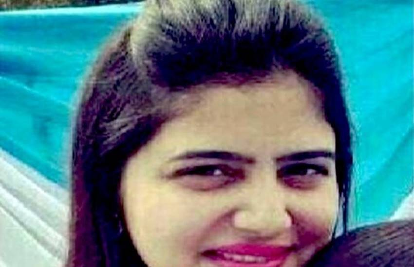 Fashion designer missing,Shipra Malik,Noida,Snapdeal, noida police, ghaziabaad SP