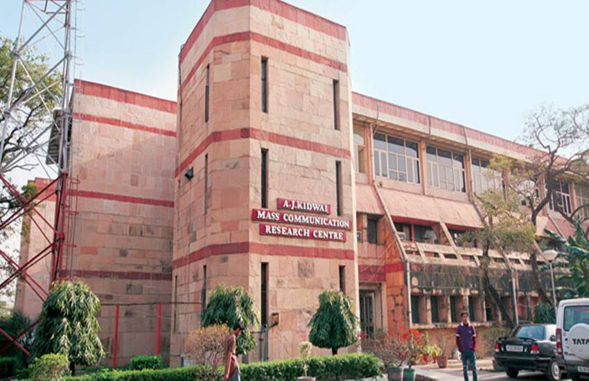 Jamia Millia Islamia, Innokart, eco-friendly cart,Delhi, New Delhi, education, university, environmental cleanup, pollution control, people, accomplishment, teaching and learning, students