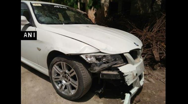 Car accident, Noida car accident, Noida BMW accident, BMW, 3 injured, noida news, india news