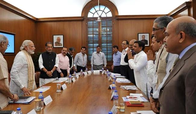 Akhilesh Yadav,Narendra Modi,Akhilesh yadav narendra modi,Drought