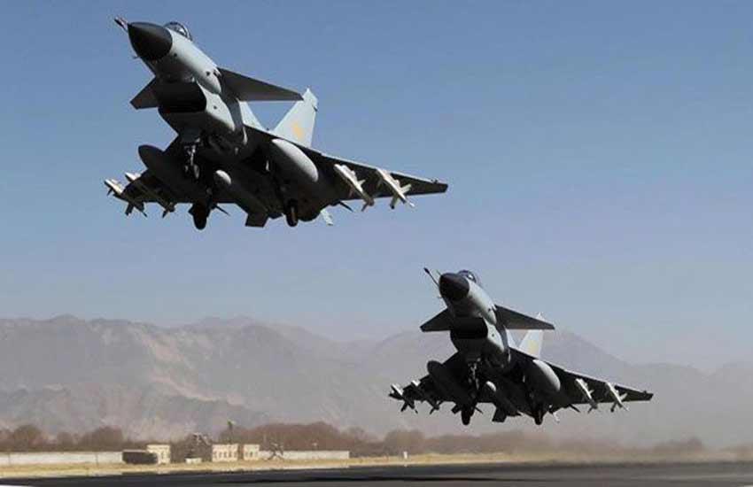 F-16 fighter jet, Pakistan f16, US Pakistan F16, Pakistan f16 deal, US Congress, sartaz aziz, nawaz sharif, barack obama, china, JF-17 thunder jet, india pakistan, US Congress halts Pak aid for F-16s purchase