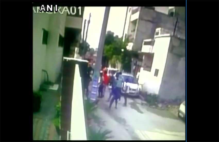 akali dal, punjab, akali dal leader beaten, punjab latest news, akali dal latest news, crime news, attack caught on camera