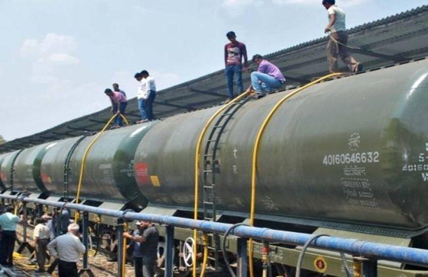 Drought, Railway, Water, water train, Bundelkhand, Latur, maharashtra, Pani express, water tanker, water train