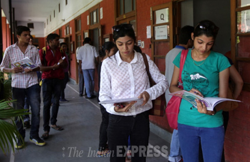 first cut off list, du admissions, announced, delhi university, Admissions start