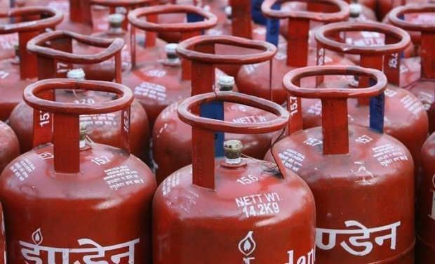 LPG, LPG Cylinders, LPG Cylinders Cost, LPG Cylinders Cost up, Four and A Half Rupees, Cost up to Four and A Half Rupees, LPG Cylinders Rates, LPG Cylinders new rate, ATF costs, Business news