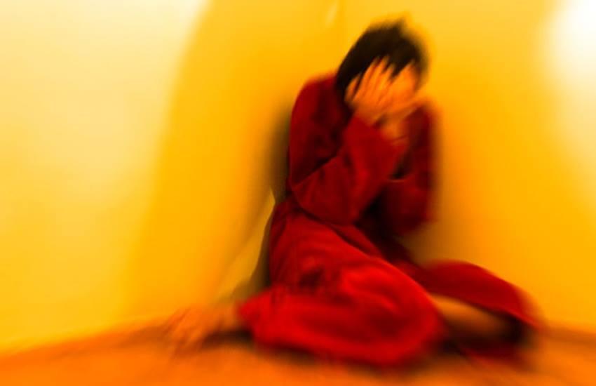 Acid, Acid Attack, Acid Attack Injury, Burn, Body Burn, Teenage Love, Muslim Love Story, Drink Acid, Crime, Uttar Pradesh News, Jansatta