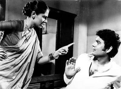 स्मिता की फिल्म मिर्च मसाला उनके निधन के बाद रिलीज हुई थी। इस फिल्म में उनके किरदार सोन बाई की खूब तारीफ हुई थी।