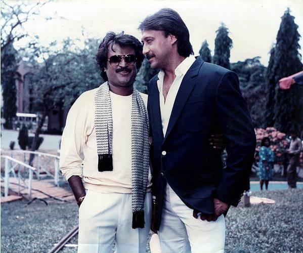 जैकी श्रॉफ ने मॉडलिंग से शुरुआत की थी। देव आनंद जैकी के चारमिनार के ऐड से काफी इंप्रेस्ड थे। इसलिए उन्होंने साल 1978 में उन्हें फिल्म स्वामी दादा ऑफर की थी।
