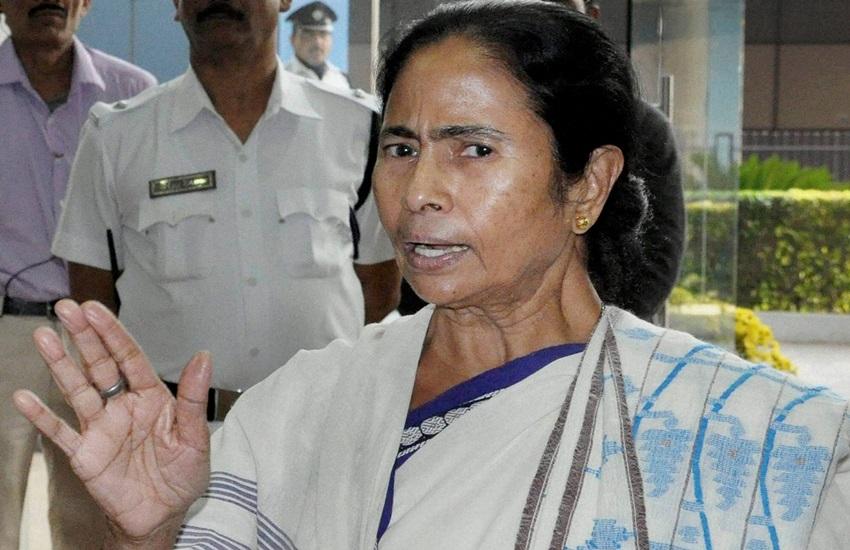ममता बनर्जी ने वित्त मंत्री अरुण जेटली के बजट को बताया निराधार और बेकार, कहा- नोटबंदी के आंकड़ें कहाहैं?