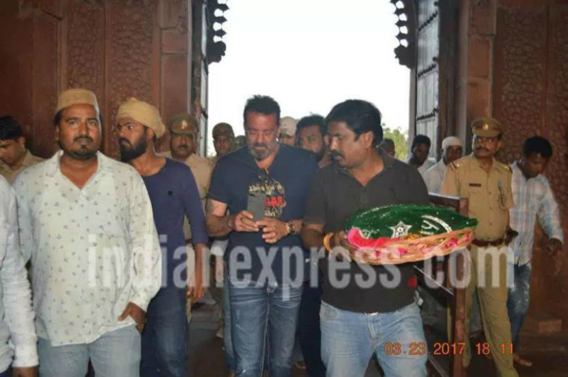 Bollywood, Munna Bhai, actor, Sanjay Dutt, Fatehpur Sikri, bollywood, bollywood news, bollywood news, sanjay dutta latest news, agra, taj, taj fort, bhoomi movie, sanjay dutta biopic, rajkumar hirani
