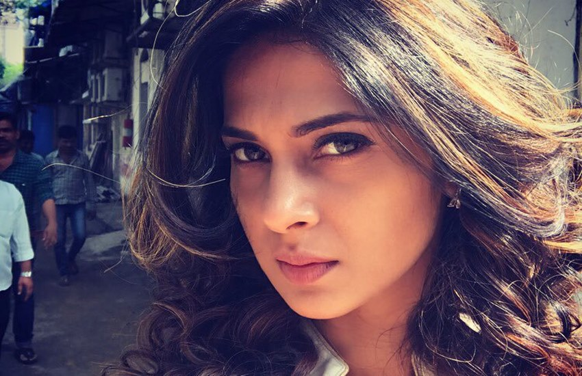 Jennifer Winget, Beyhad, beyhadh star cast, Jennifer Winget date of birth, Interesting Facts, Jennifer Winget TV Shows, Bollywood news in Hindi, Entertainment news in Hindi
