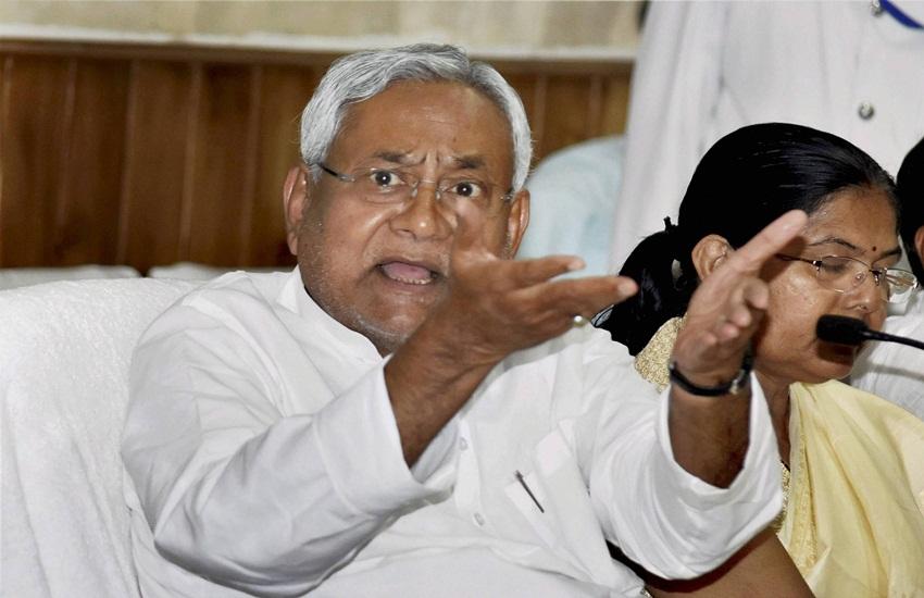 topper scam, bihar topper scam, Nitish kumar, Ganesh kumar, Bihar board result, bihar news, patna news, hindi news