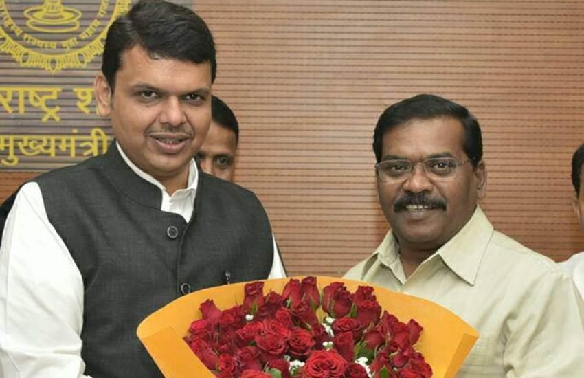 Maharashtra minister Dilip Kamble with Devendra Fadnavis