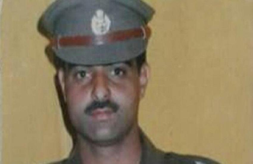 Mohammed Ayub Pandith, kashmir police